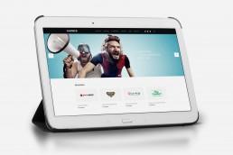 Tablet mit GAXWEB CMS Webseite